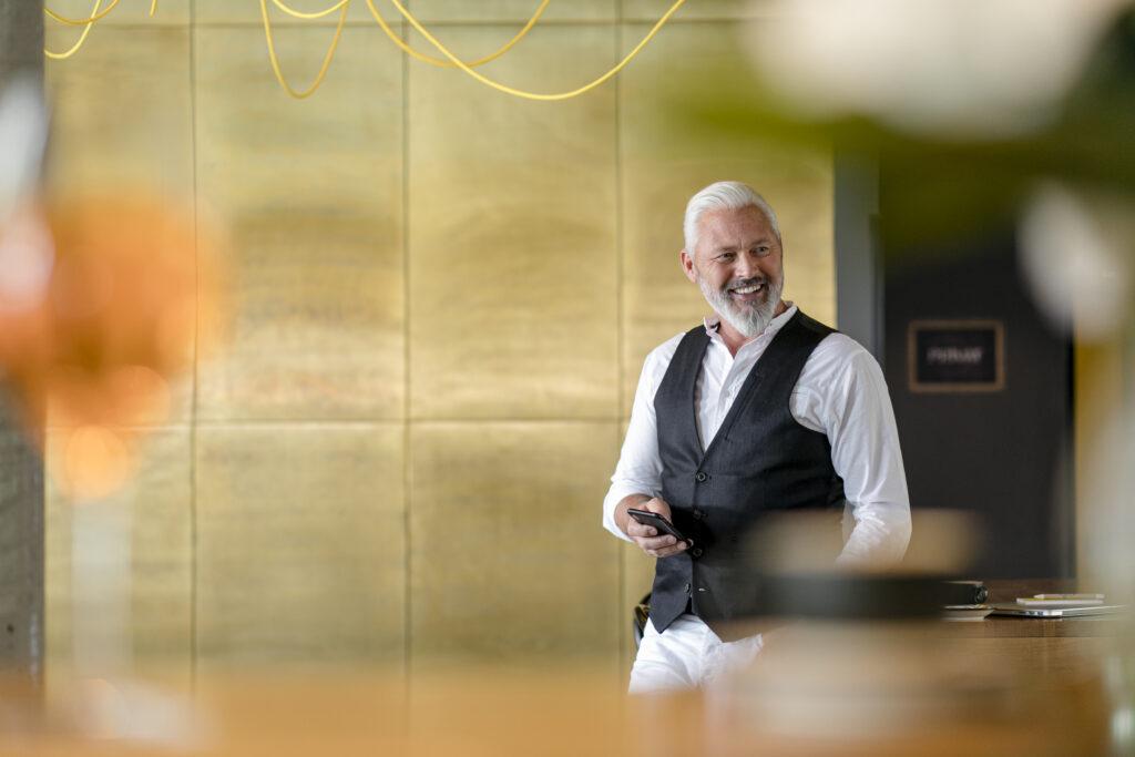 https://www.martinomodel.com/wp-content/uploads/2021/06/Hotel-Schani-Vienna-Werbung_N1A4574-scaled.jpg